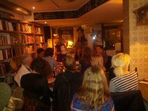 Reception på M gasin XXXV torsdag d. 13. marts på Løves Bog og Vin Café. Foto Sleiman Nazzal.